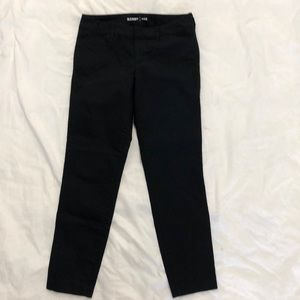 Old Navy black pixie pants size 2